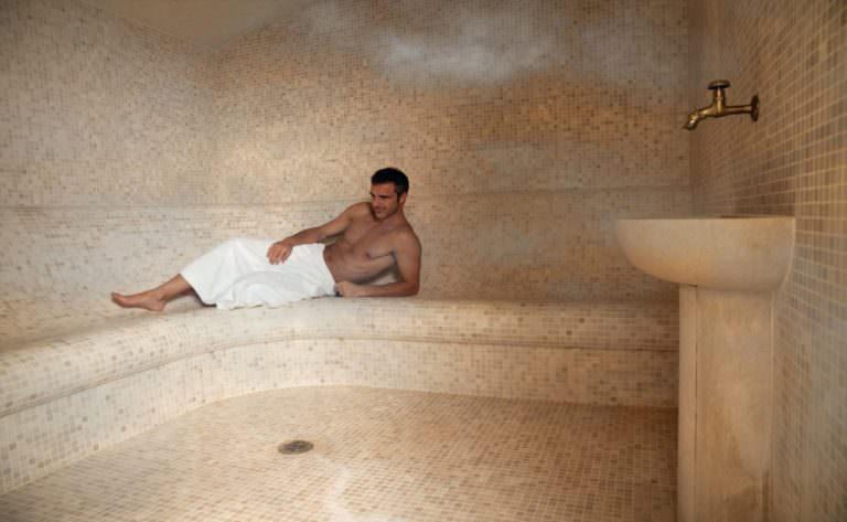Bagno turco nel luxury resort