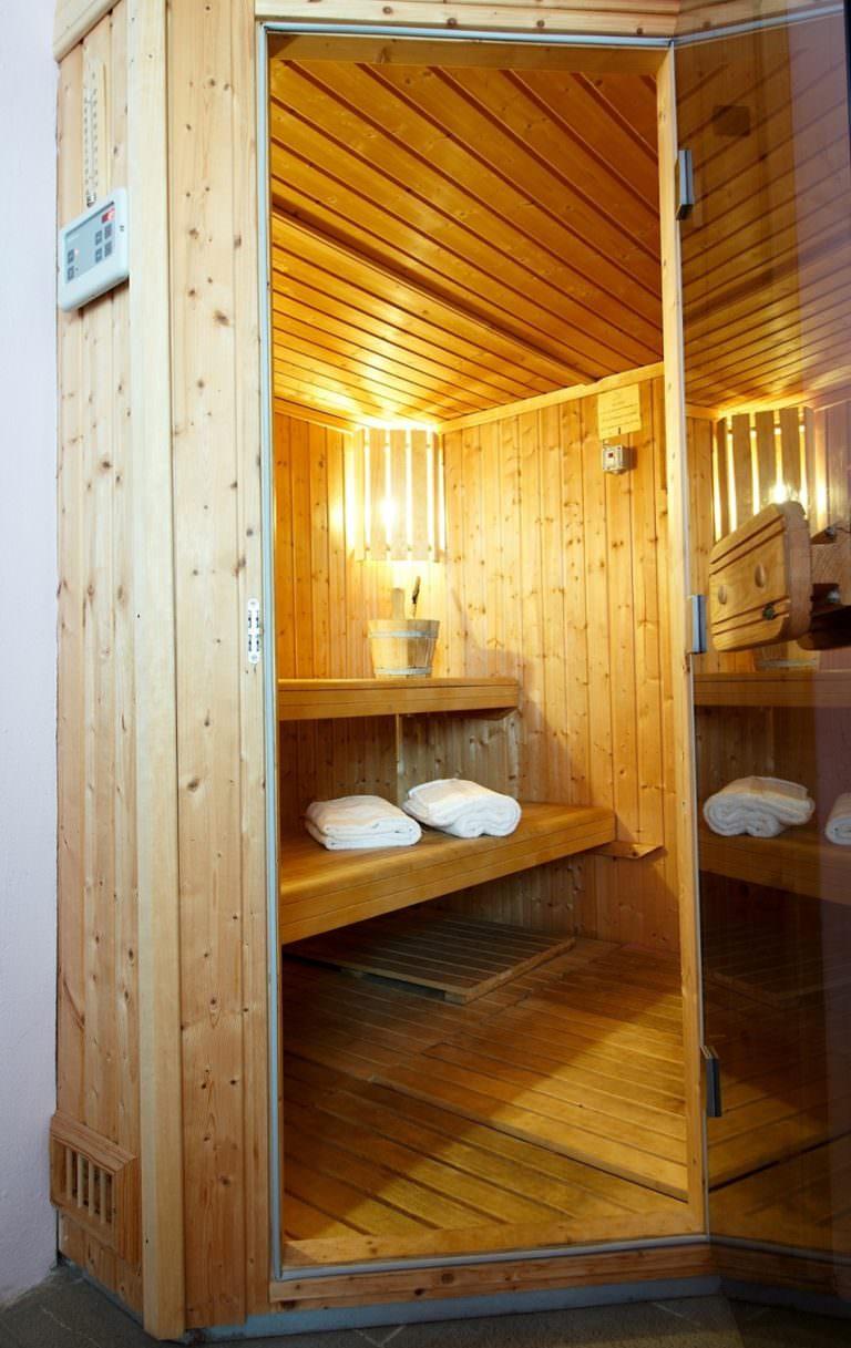 Oasi benessere con sauna
