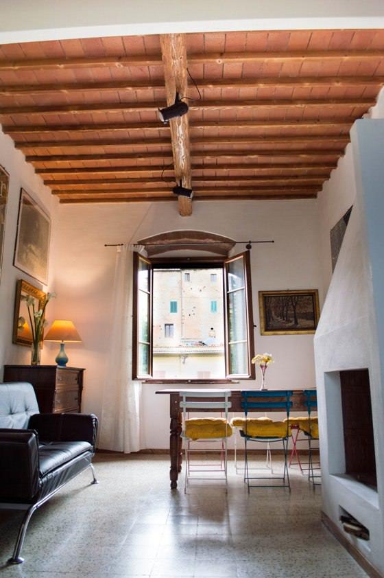 Grande appartamento con 2 camere e 2 bagni privati a Peccioli