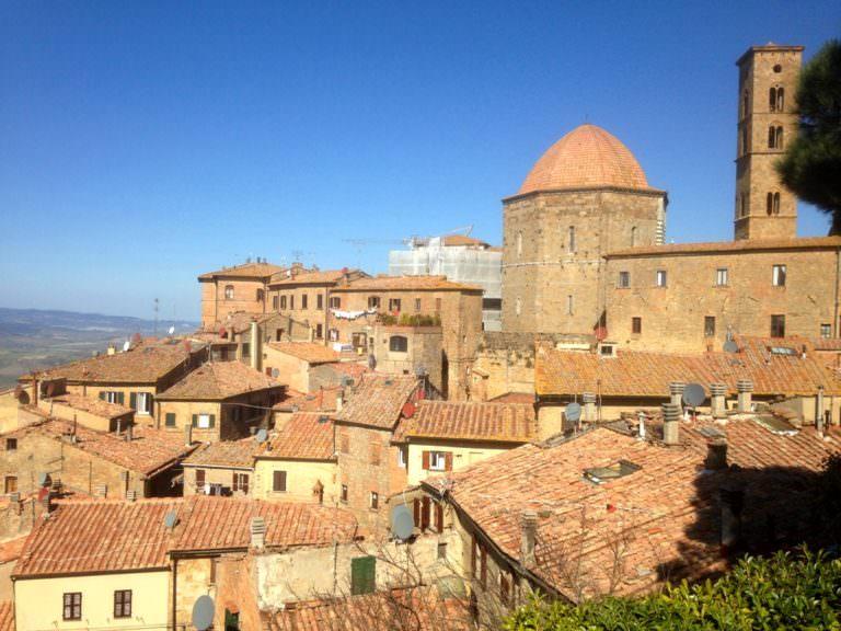 La città etrusca dell'alabastro